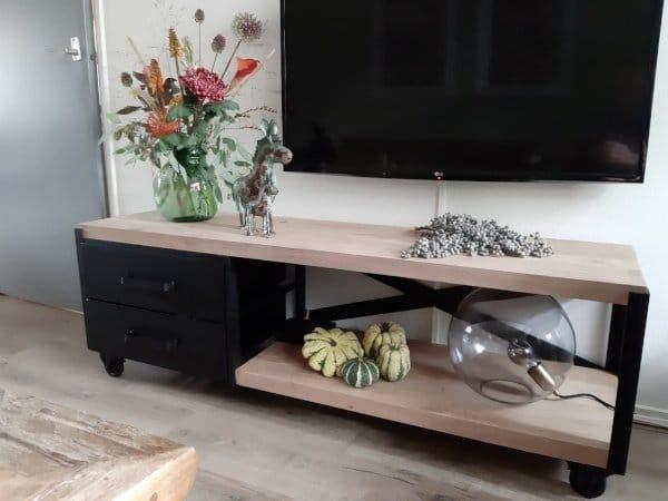 Industriële tv kast / side table Tarnow 2cm