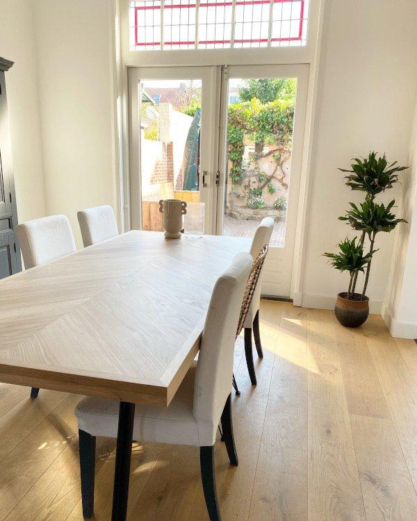 Herringbone oak table Osla with angled legs