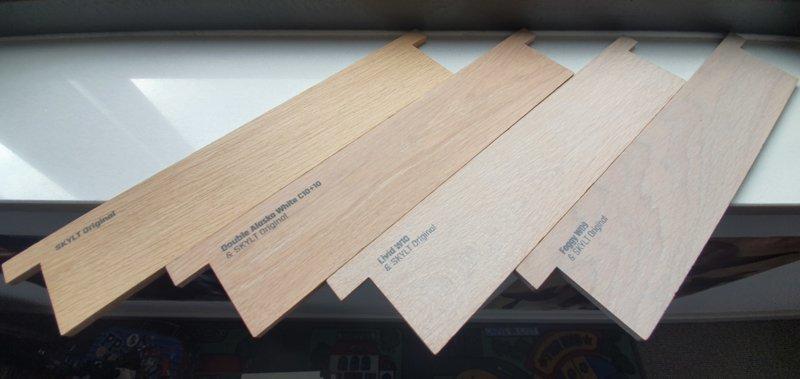 Staaltjes hout voor nieuwe tafel