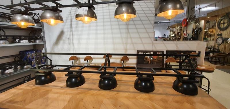 Hanging lamp rails with large hemispheres