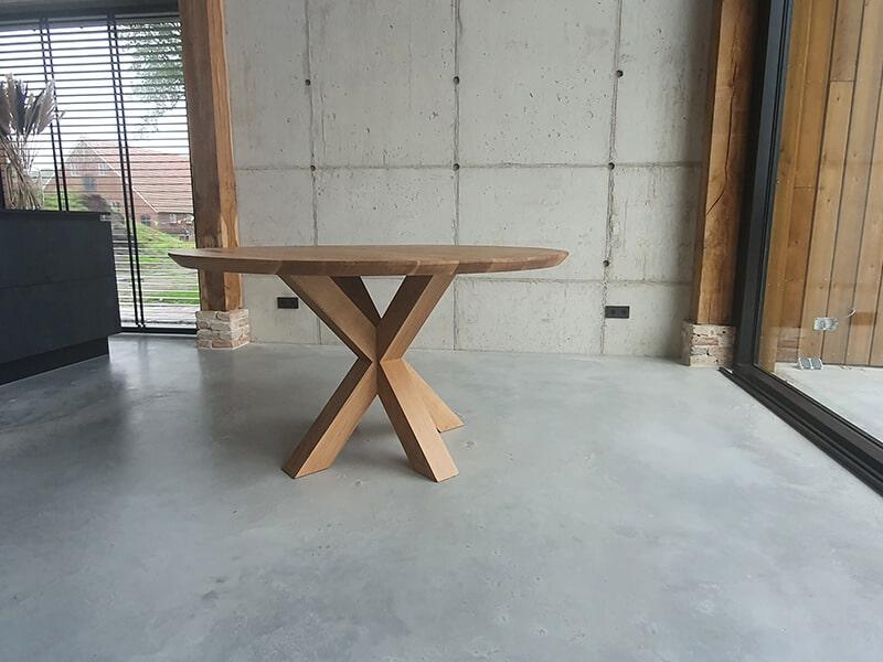Ronde eiken tafel 2cm dik incl Matrix eiken onderstel