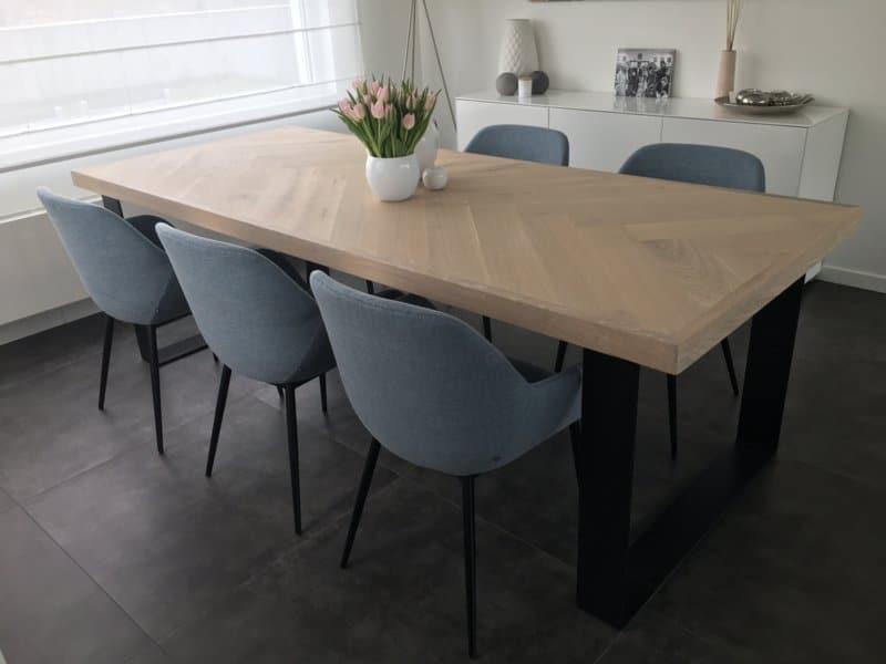 Visgraat eiken Osla tafel incl U-onderstel 12x1cm