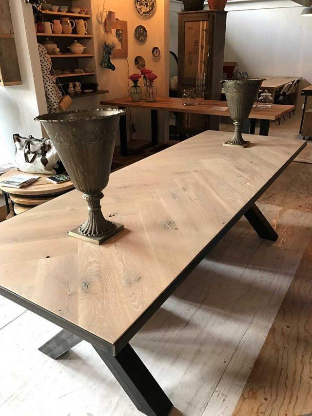 Herringbone oak Osla X table 6 or 8 cm thick incl X base of your choice
