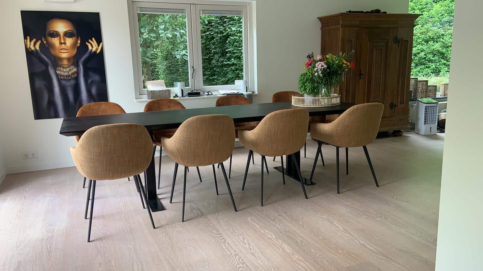 Oak Table Kulin Column With Rejuvenated Edge