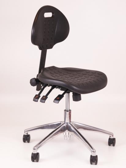 Werkstoel zwart met aluminium voetenkruis
