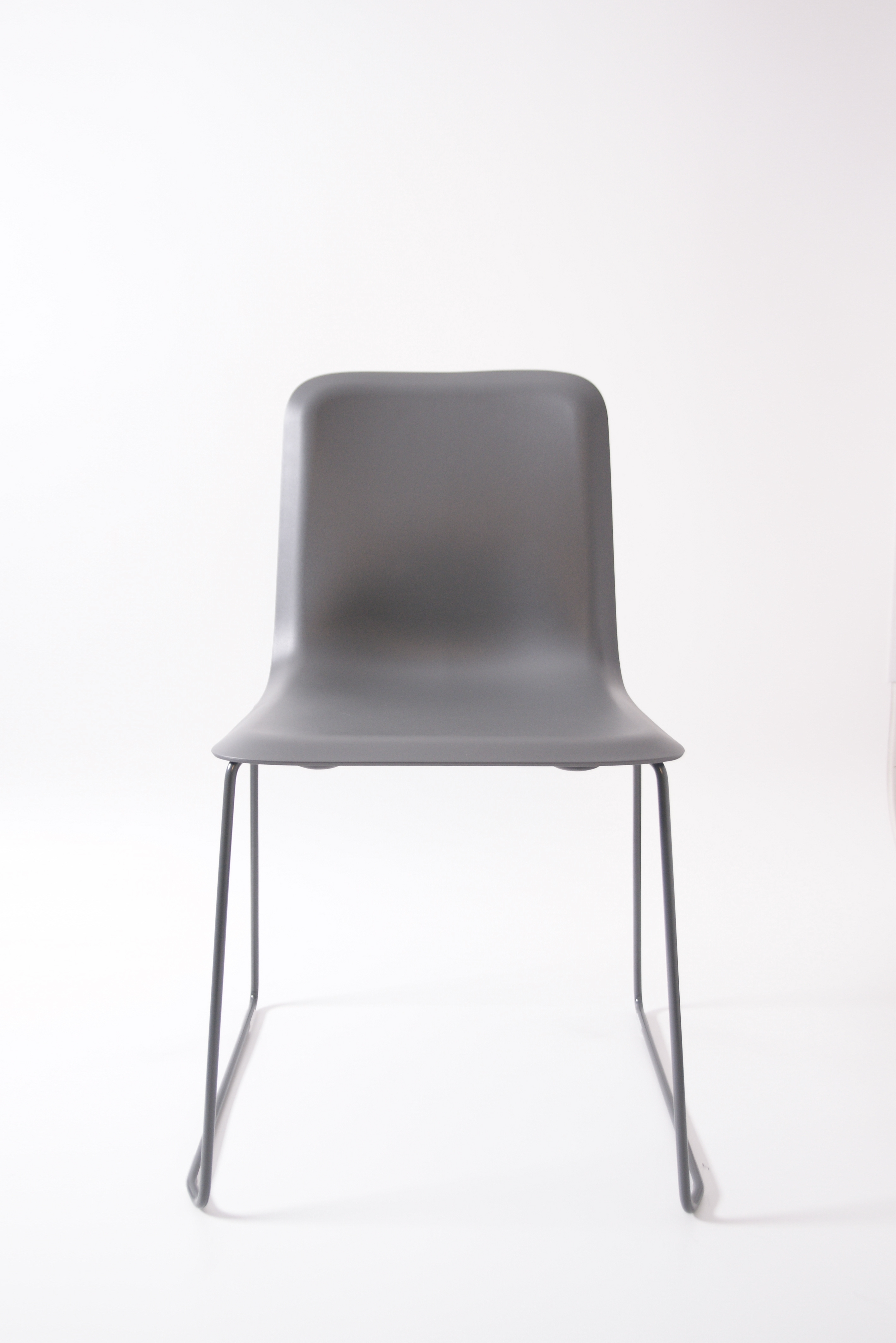 That Chair Grijs Front