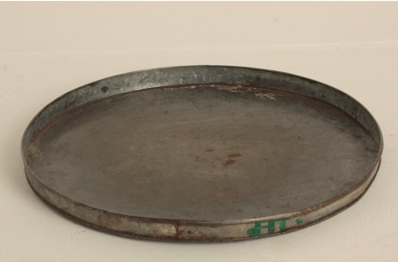 Old sinking tray all around