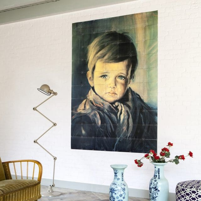 The crying boy wall decoration