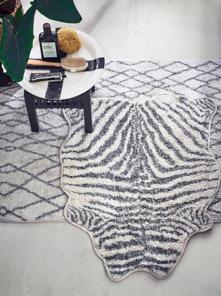 Zebra bath mat black and white