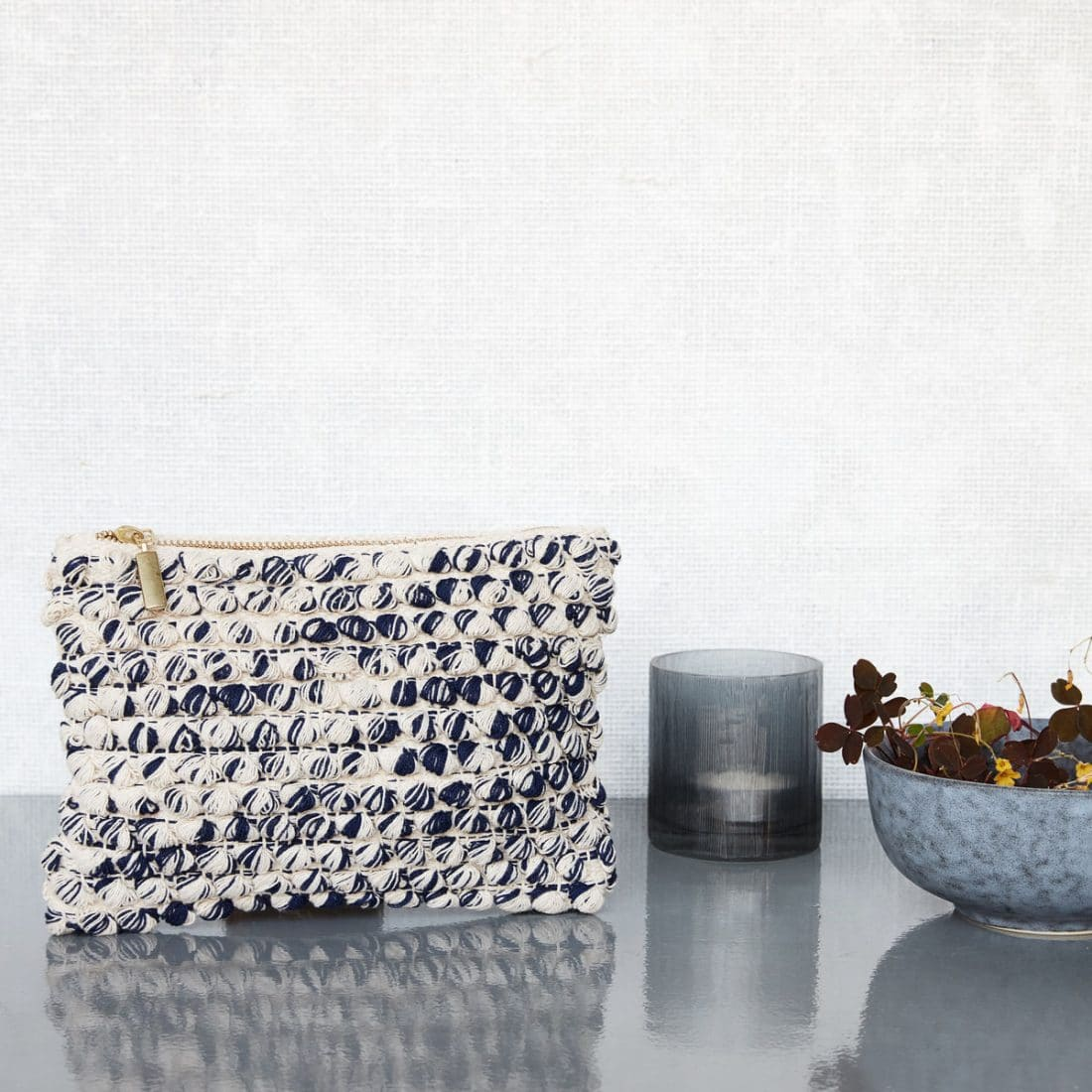 Trp Post Container Data Trp Post Id 11295 Clutch Blauw Wit Met Gouden Rits Trp Post Container