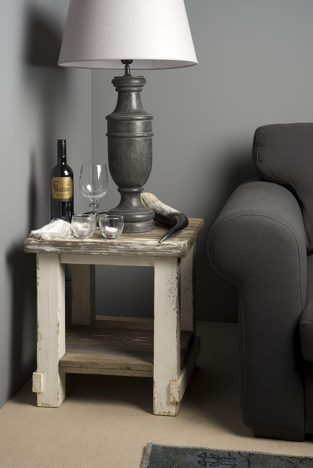 Side Table Oud Grenen Barneveld Sfeerfoto 4