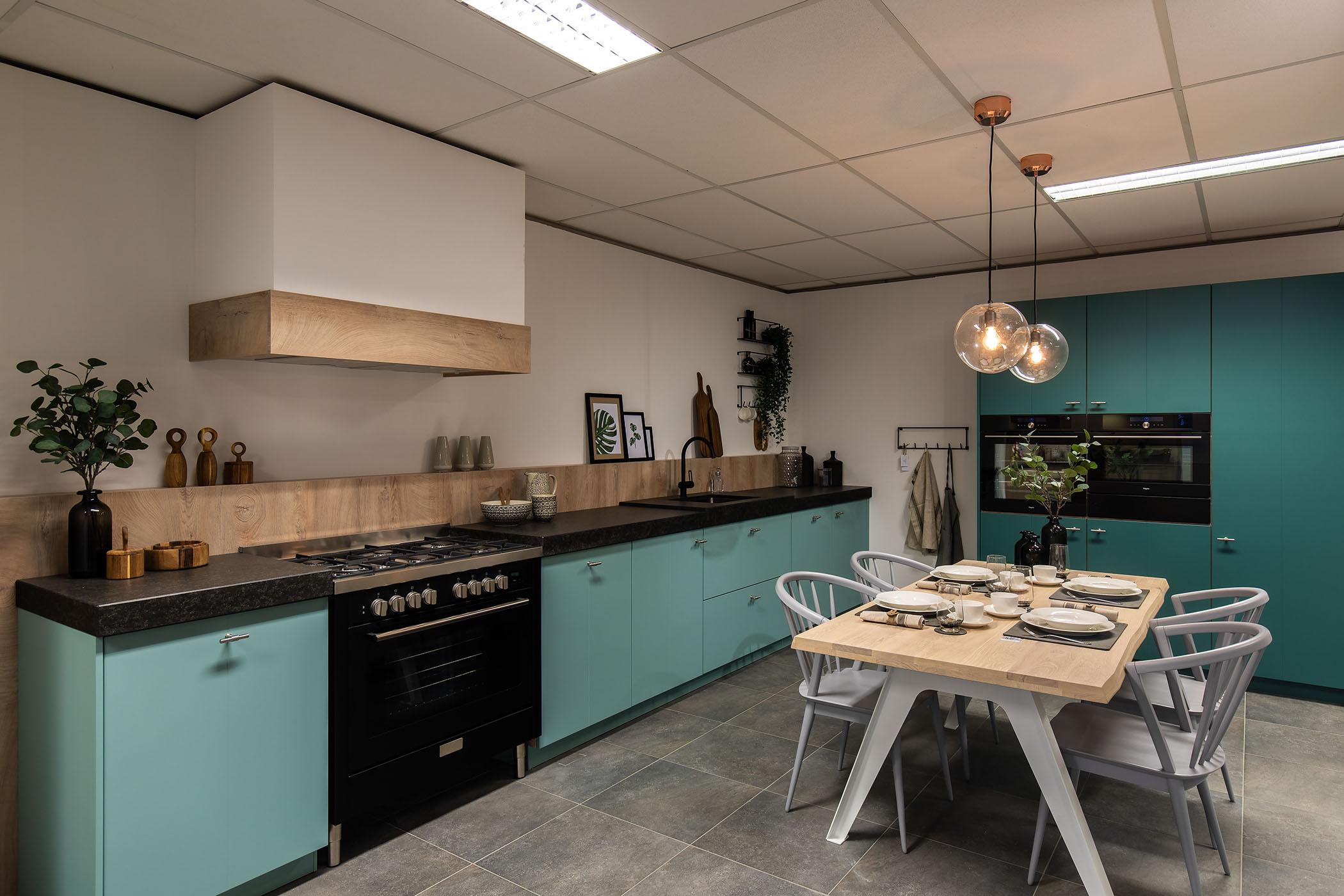 Onze Keukens 02