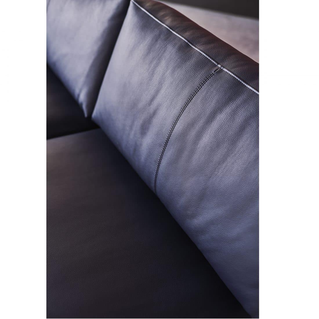 Leolux Bellice Leather Black 0017 2 Scaled