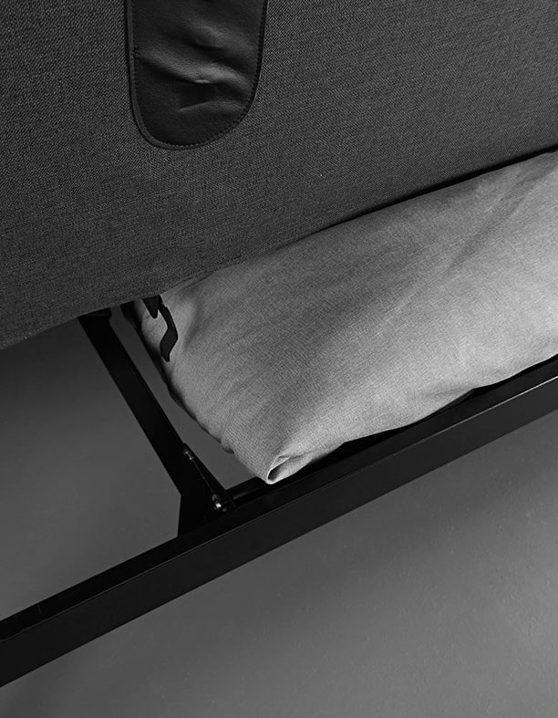 Storage space for the sofa beds with the functional transverse Clic-Clas system