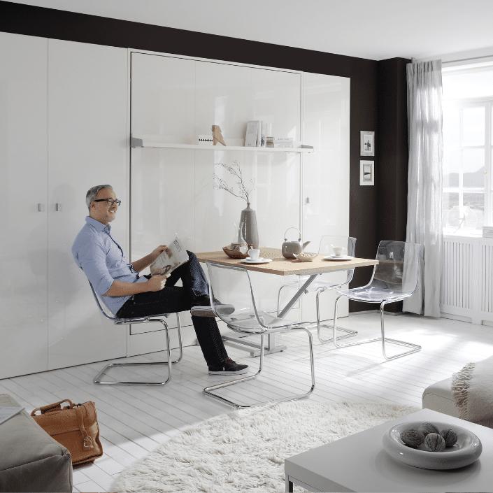 Bedkast Space met tafel om comfortabel aan te zitten