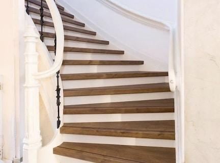 eiken houten trap,natuur eiken traprenovatie,stairz traprenovatie