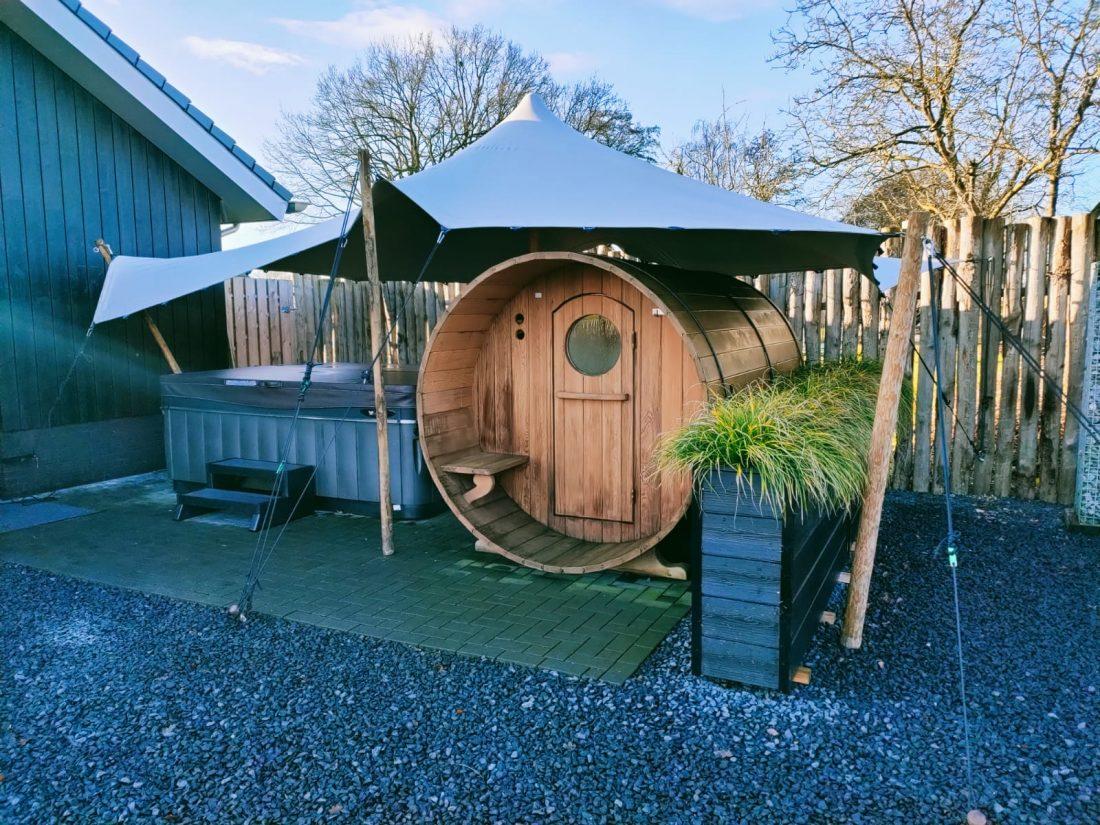 stretchtent sauna hottub