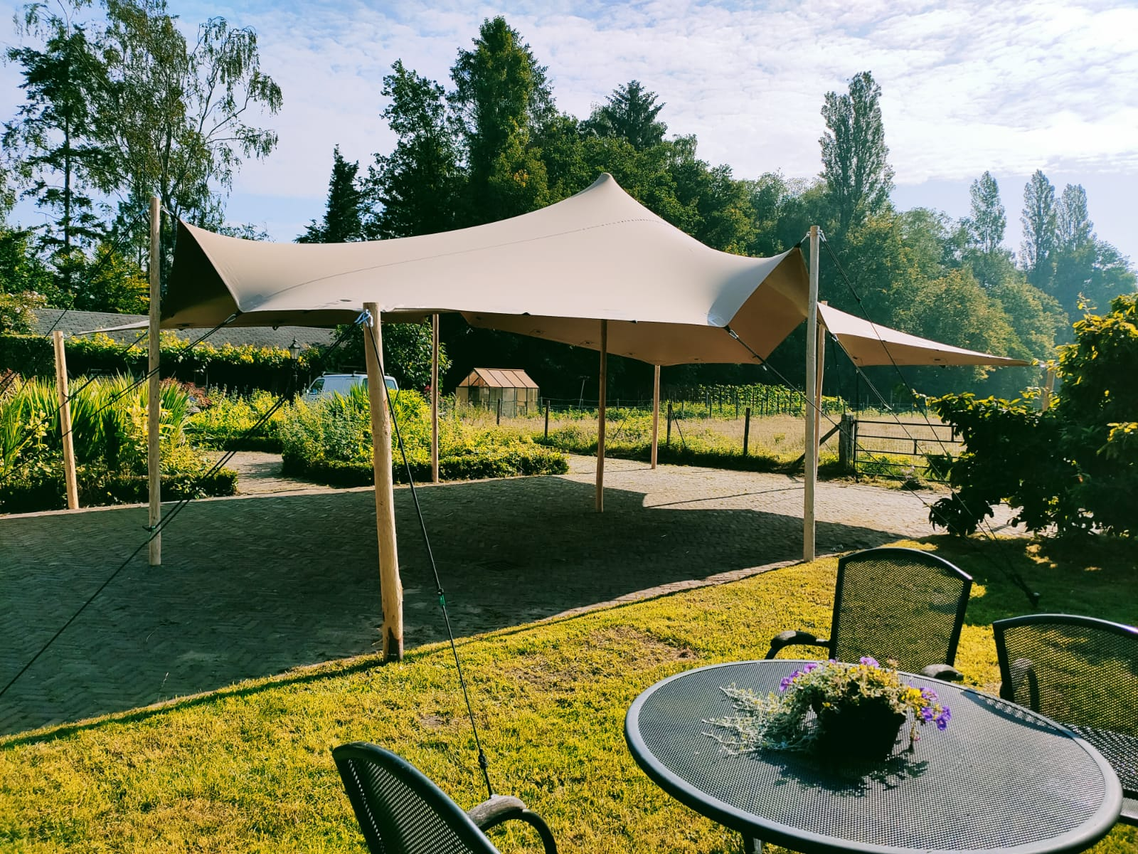 Luxe stretchtent