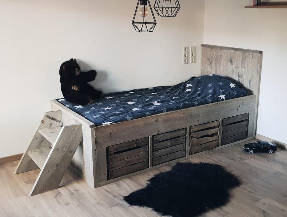 Bed Zhara