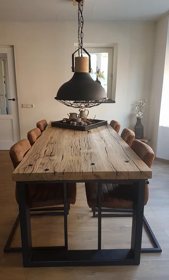 Oud Eiken Wagondelen Eettafel Karishma