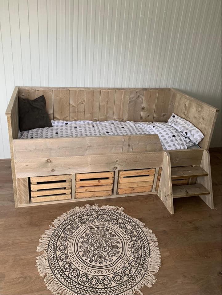 Bed Fadhley