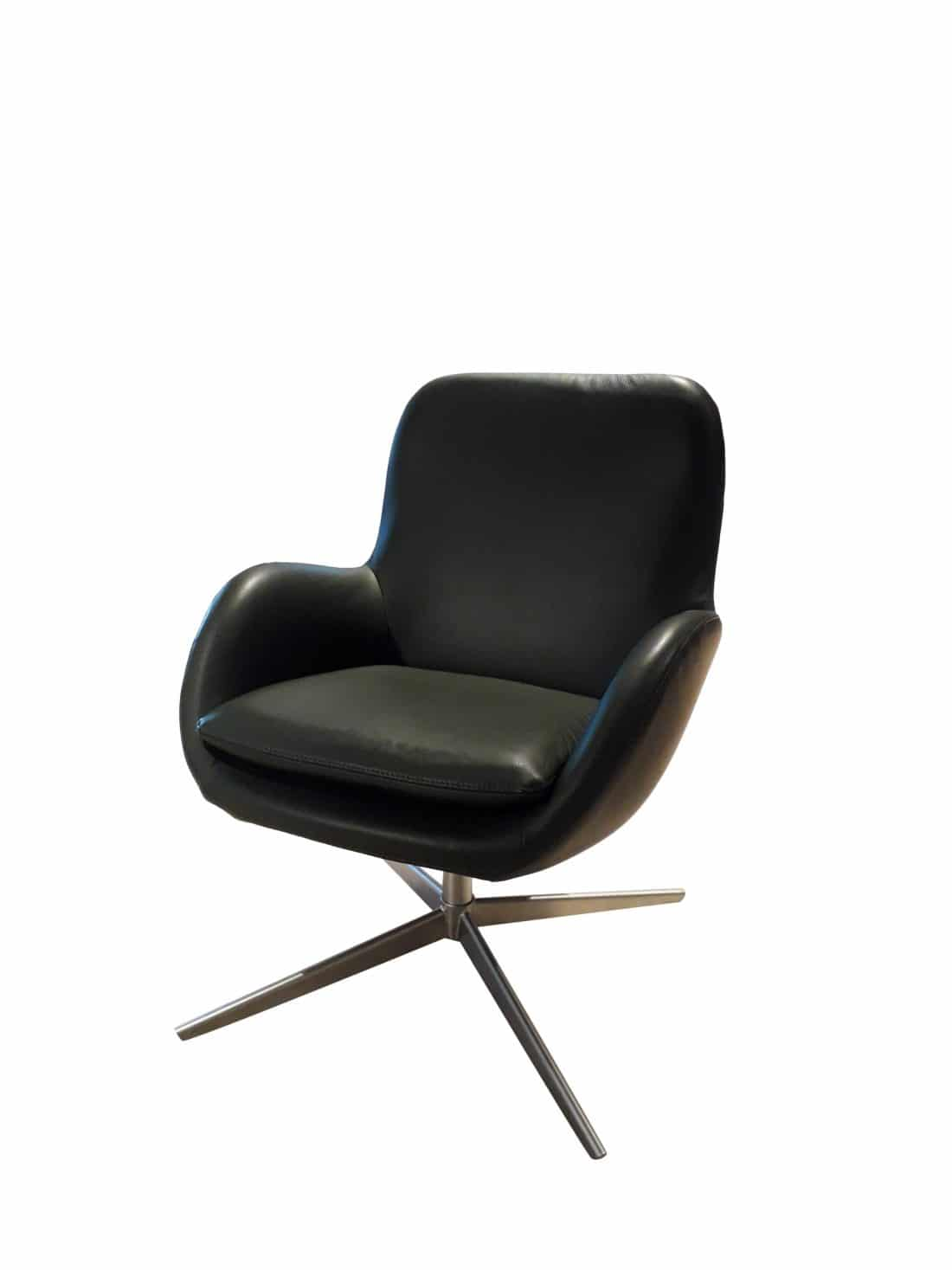 Fauteuil Zw 136 Scaled
